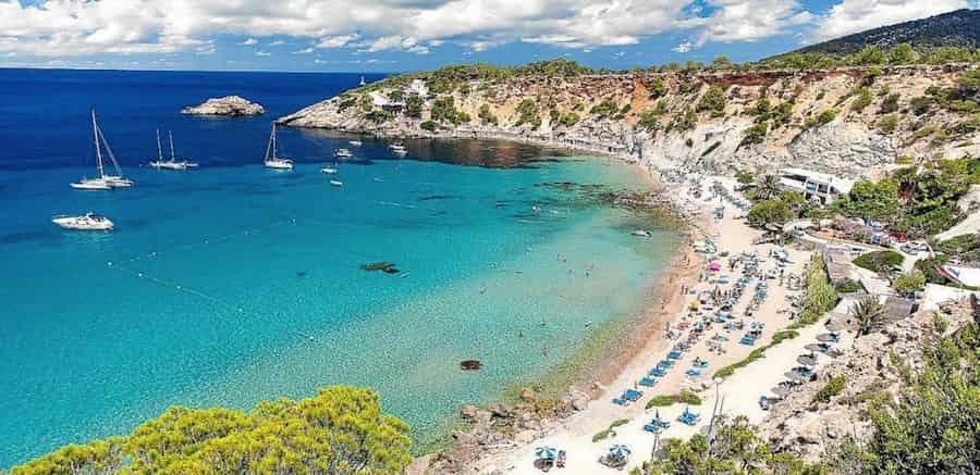 Yacht charter in Hort Cove, Ibiza, Balearic Islands