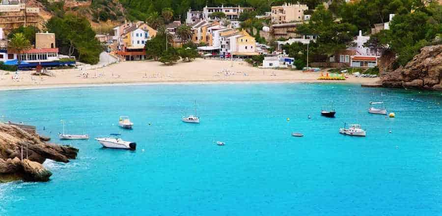 Yacht charter in Vadella Cove, Ibiza, Balearic Islands