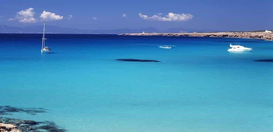 Yacht charter in Espalmador, Formentera, Balearic Islands