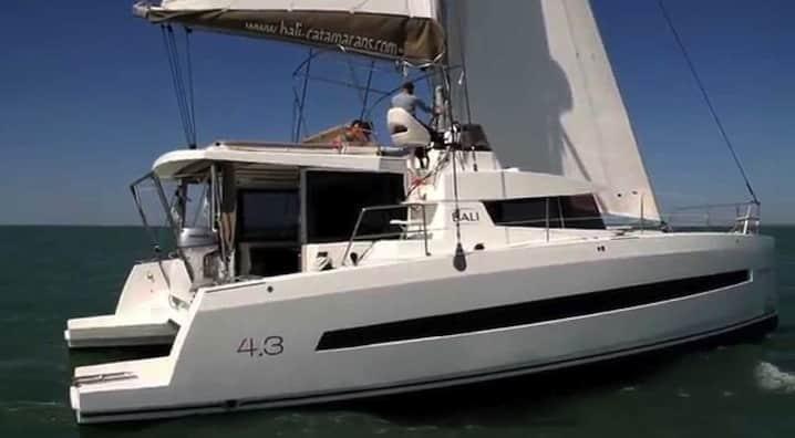 Lloguer del catamarà Catana Bali 4.3 a Eivissa i Formentera
